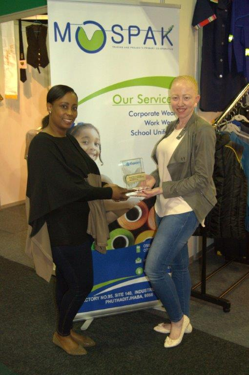 Two sisters sewing up their way to success – Transform SA – The